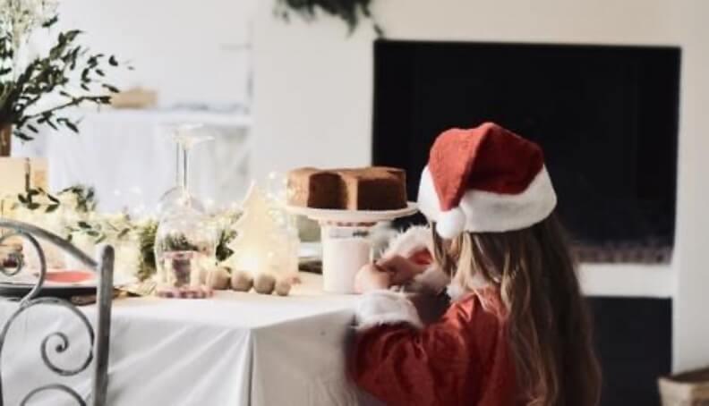 Čarobna praznična miza